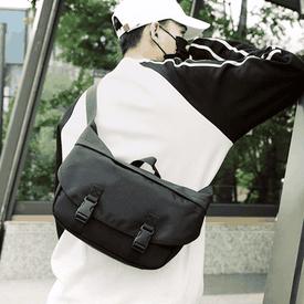 男女出國必備防盜側背包